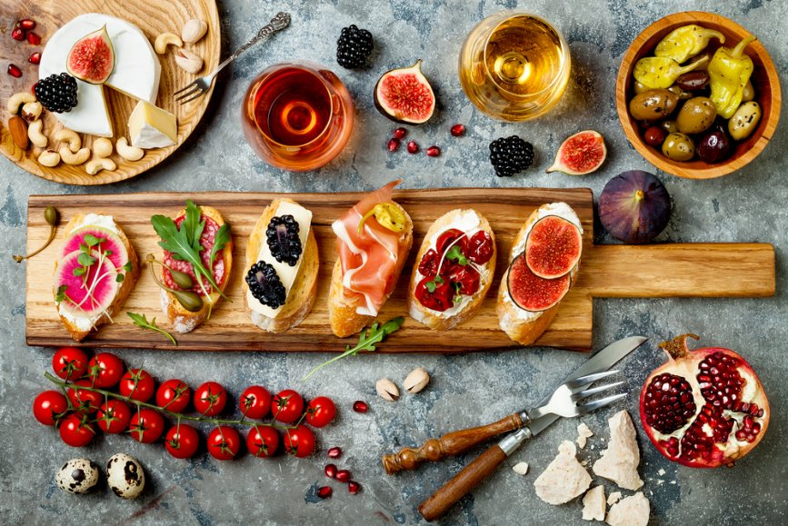 shutterstock_holiday appetizers