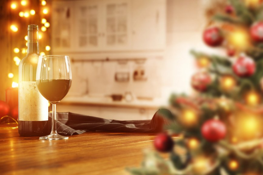 shutterstock_wine and dine home for the holidays